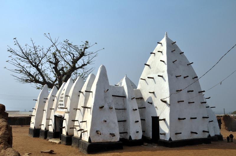 (Larabanga Mosque in Ghana)